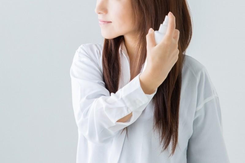 赤ら顔の原因のヘアスプレー